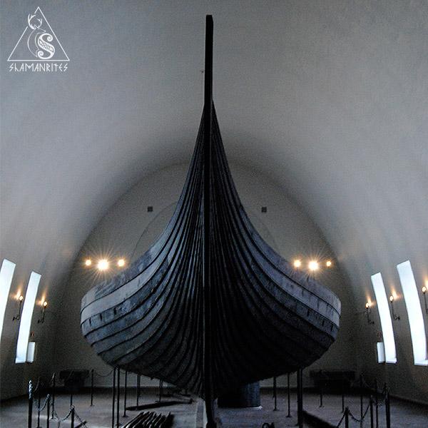 barco de Gokstad, museo de barcos vikingos de Oslo