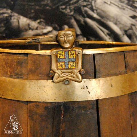 Figura sentada del museo de barcos vikingos, Oslo
