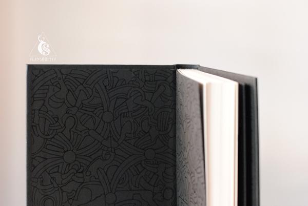 cubierta del libro Mitos Nórdicos de Neil Gaiman