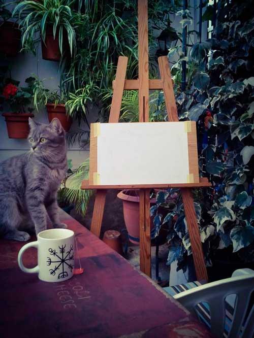 Mi taza con Vegvisir y tarde de relax en casa
